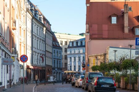 Suveranii baltici se confrunta cu cresterea si socul fiscal, dar contractiile PIB vor fi printre cele mai mici din zona euro
