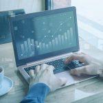 Doua companii romanesti au reusit sa dubleze banii investitorilor intr-un an provocator pentru bursa locala